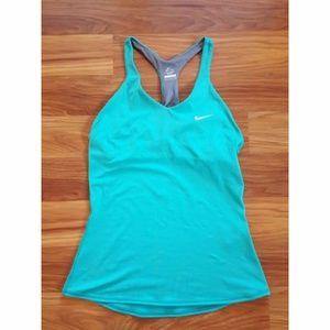 Nike Women's Advantage Tank Top with Bra Green S